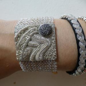 Le Bégonia D Or the bracelets - atelier le bégonia d'or - goldwork embroidery